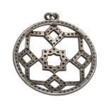 30mm Oxidized Sterling Silver Pave Diamond Kaleidoscope Pattern Centerpiece